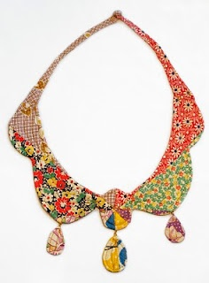 Jewelry OFF! By Mari Fray Foster Heirloom necklace Fall 2010 Vintage quilt blocks batting thread - This is beyond AWESOME Jewelry Crafts, Jewelry Art, Jewelry Accessories, Fashion Accessories, Handmade Jewelry, Jewelry Design, Jewellery, Textile Jewelry, Fabric Jewelry