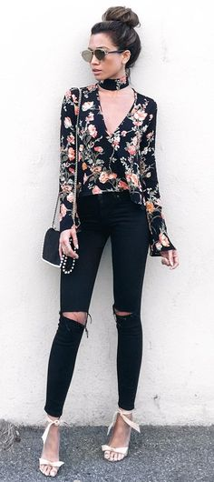 Ripped jeans are the look de jour. Here are fun and exciting ripped jeans outfit ideas you simply can not go wrong with ! Outfit Jeans, Black Pants Outfit, Black Jeans, Jean Outfits, Fall Outfits, Summer Outfits, Casual Outfits, Black Outfits, Jeans Boyfriend