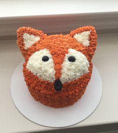 Buttercream fox smash cake made by Good Lovin' Bakery.