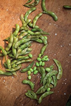 Grill-Roasted Edamame Recipe - Eat Healthy - Natural Home  Garden #grill-roasted edamame, #grilling