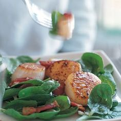 Warm Spinach Salad with Scallops. Yummy and easy recipe from Williams-Sonoma! This would be great to cook at the Galley without having to take any steps... toss the spinach salad mixture in the large bowl, then fry the bacon and scallops on a portable induction burner on or beside the Galley.