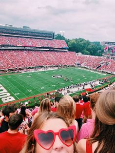 College Games, College Game Days, College Life, College Board, University Life, University Of Georgia, College Image, Preppy Winter, College Aesthetic
