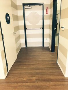 COREtec Plus XL Planks - Venice Oak easily installed with an incredible look. Flooring, Vinyl Plank Flooring, Flooring Options, Lvp Flooring, Room Remodeling, House Flooring, Mudroom Flooring, Bedroom Flooring, Luxury Vinyl Plank