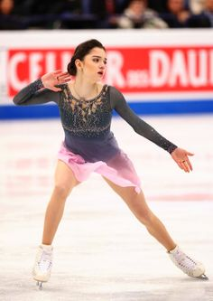 Image shared by Kvetinka. Find images and videos about figure skating, evgenia medvedeva and helsinki 2017 on We Heart It - the app to get lost in what you love. Russian Figure Skater, Kim Yuna, Figure Skating Costumes, Ice Girls, World Figure Skating Championships, Medvedeva, Ice Dance, Figure Skating Dresses, Poses