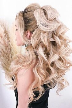 30 Stunning Wedding Hairstyles Every Hair Length ❤️ wedding hairstyles every hair length elegant loose curls on long blonde hair elstile Short Hairstyles For Thick Hair, Fancy Hairstyles, Ponytail Hairstyles, Bridal Hairstyles, Winter Wedding Hairstyles, Graduation Hairstyles, Girl Hairstyles, Hair Tutorials For Medium Hair, Medium Hair Styles