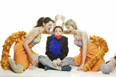 «Αισώπου Κόμιξ»: H αγαπημένη παράσταση επιστρέφει στον Κινητήρα! (από 15/3)  πάρα πολύ καλή παράσταση!!!!