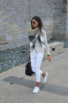 21 Cool Outfits With White Jeans Mode Outfits, Casual Outfits, Fashion Outfits, Womens Fashion, Looks Chic, Looks Style, Fall Winter Outfits, Autumn Winter Fashion, Casual Winter