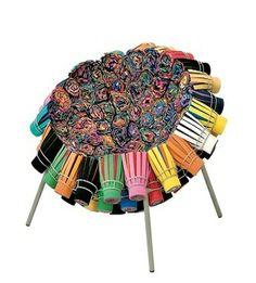Irmãos Campana Cadeira Sushi Feita com tecidos de vários tipos e várias espessuras, trabalho artesanal, design-arte
