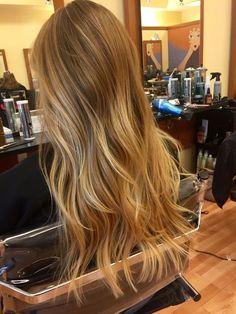 Blonde Hair Looks, Brown Blonde Hair, Golden Blonde, Beach Blonde Hair, Honey Blonde Hair Color, Hair Color Guide, Gorgeous Hair Color, Balayage Hair Blonde, Honey Hair