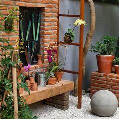 Decoração de jardim: 50 ideias e tutoriais para dar vida à área externa Summer Garden, Home And Garden, Simple House Plans, Tropical Decor, Outdoor Projects, Garden Planning, Ladder Decor, Scenery, Shabby Chic