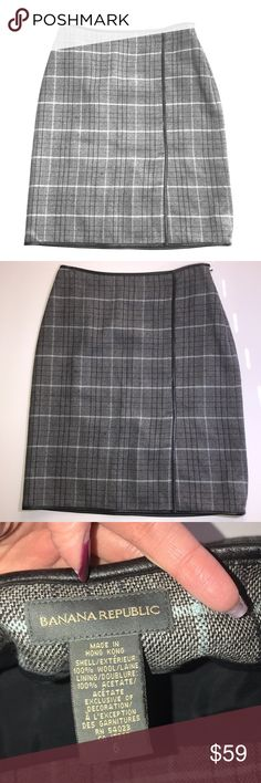 "Banana Republic Plaid Skirt Stunning BR plaid skirt. Gently used condition. No trades. Size 6.  Length is approximately 22"" Banana Republic Skirts"