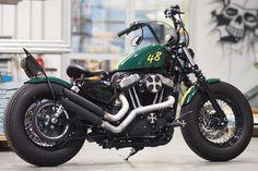 Thunderbike Green H-D Forty-Eight Sportster Umbau Harley Davidson Sportster, Sportster 48, Harley Davidson Museum, Harley Davidson Chopper, Harley Davidson Street, Davidson Bike, Sportster Parts, Custom Bobber, Custom Motorcycles