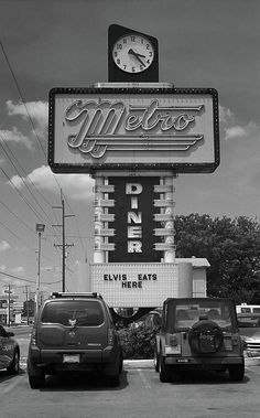 Route 66 Fine Art photography, for hanging wall art or framed prints. Metro Diner in Tulsa, Oklahoma on old Rt. A diner, Elvis and Route 66 - a huge dose of Americana. Route 66 Oklahoma, Route 66 Road Trip, Historic Route 66, Tulsa Oklahoma, Travel Route, Old Neon Signs, Vintage Neon Signs, Old Signs, Metro Diner