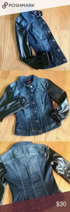 G by GUESS DENIM JACKET VEGAN LEATHER SLEEVES G by GUESS dark wash denim jacket with black faux leather sleeves. Denim has some Factory fading. Logo buttons. Fitted with stretch. 98% cotton 2% spandex  Size XS  Excellent used condition G by Guess Jackets & Coats Jean Jackets