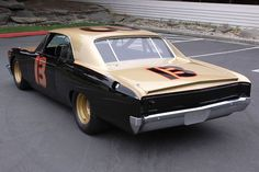 1967 Chevrolet Chevelle NASCAR Smokey Yunick - Click to see full-size photo viewer Sports Car Racing, Nascar Racing, Auto Racing, Crate Motors, Chevy Muscle Cars, Old Race Cars, Vintage Race Car, Chevrolet Chevelle, Drag Cars