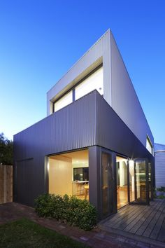 © Christine Francis Architects: Julie Firkin Architects Location: Abbotsford VIC, Australia Area: 70 sqm Year: 2011 Photographs: Christine Francis