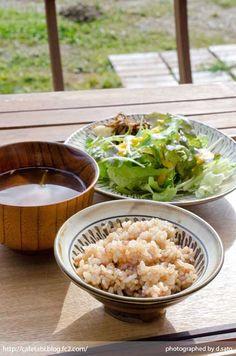 千葉県 いすみ市 長者町 カフェ green+ グリーンプラス 里山カフェ コーヒー マクロビオティック 自然派 暖炉 おしゃれ空間 06