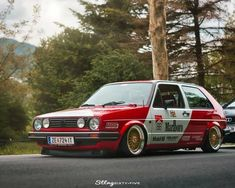 Vw Racing, Porsche, Audi, Chuck Taylor Sneakers, Custom Cars, Volkswagen, Vehicles, Golf, Style