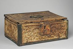 Coffret. Date: late 14th–early 15th century Culture: German (?) Medium: wood, brass Dimensions: Overall: 7 x 9 3/8 x 11 in. (17.8 x 23.8 x 27.9 cm) Classification: Woodwork