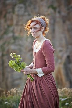 The Poldark Spectacle Younger version of Catherine's Lady-in-Waiting. Poldark Tv Series, Poldark 2015, Demelza Poldark, Ross Poldark, Character Inspiration, Style Inspiration, Eleanor Tomlinson, Lady In Waiting, Costumes For Women
