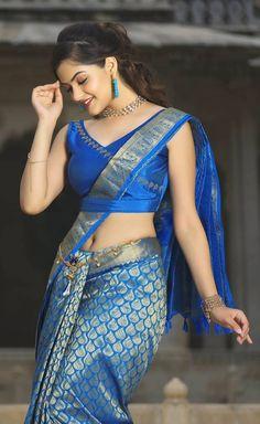 New Fashion: Beautiful Girls Beautiful Girl In India, Beautiful Girl Photo, Beautiful Saree, Beautiful Women, Beautiful Eyes, Beauty Full Girl, Beauty Women, Women's Beauty, Glamour Beauty