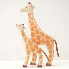 Handmade wooden animals ! Original gift ideas for children at French Blossom !