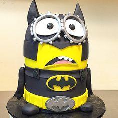Batman Minion Batman Minion, Minions, 8th Birthday, Birthday Cake, Minion Pictures, Superhero Cake, Cake Gallery, Cake Ideas, Fondant