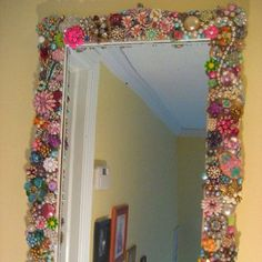 cute antique jewerly mirror. DIY great young girls bathroom mirror or vanity. Smaller version would be a fun gift idea.