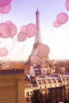 Pink balloons in Paris, Eiffel Tower Pink Paris, Beautiful Paris, I Love Paris, Paris Photography, Travel Photography, Torre Eiffel Paris, Louvre Paris, Paris Wallpaper, Protection Spells