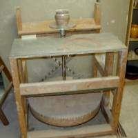 Tour potier pied technique outils pinterest tour - Fabriquer un tour de potier ...