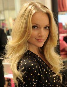 96b1331c6f424 Beautiful long hair Lindsay Ellingson