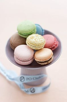 Macarons at the Four Seasons Hotel George V Paris! le swoon!