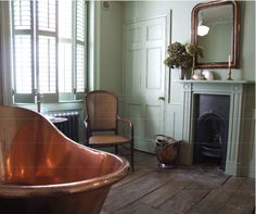 'Bathing involved considerable rigamarole at Netherfield. Although one of the new copper baths had been installed, no one had thought very carefully about its use.' This pic - Copper bath in Georgian room Modern Georgian, Georgian Homes, Style At Home, Bathroom Fireplace, Georgian Interiors, House Interiors, Brighton Houses, Interior Window Shutters, Victorian Bathroom