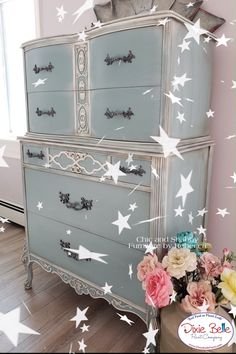 Diy Furniture Projects, Repurposed Furniture, Furniture Makeover, Painted Furniture, Repurposed Items, Pallette Furniture, Unwanted Furniture, Dixie Belle Paint, Farmhouse Bedroom Decor