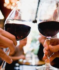 In honor of National Red Wine Day, let's toast to all of the ways moderate consumption makes us healthier. Red Wine Health Benefits, National Red Wine Day, La Trattoria, Red Wine Glasses, Vides, Wine Deals, Growing Grapes, Wine Time, Wine And Spirits