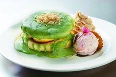 原宿の人気店レインボパンケーキが日本橋高島屋に出店抹茶と桜の色鮮やかなパンケーキを提供