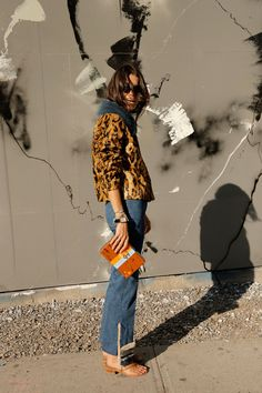 Man-Repeller-Sandals-in-Autumn-Style-Inspiration---10