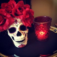 Dia de Los Muertos. Love this for  centerpieces