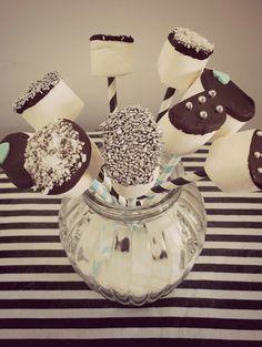 Black - White - Tiffany Marsh pop's Deco marshmellows