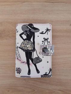 Portefeuille Compère en tissu Paris cousu par Corinne - Patron Sacôtin