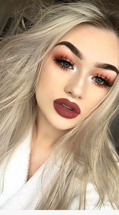The Fantastic Pack of Makeup Tips for Blondes #BeautyRoutine30S Natural Prom Makeup For Brown Eyes, Simple Prom Makeup, Makeup For Green Eyes, Blue Eye Makeup, Natural Makeup, Sleek Makeup, Makeup Tricks, Best Makeup Tips, Best Makeup Products