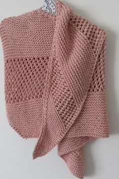 pink shawl Source by ydunoyer Crochet Home, Diy Crochet, Sewing Scarves, Knitting Patterns, Crochet Patterns, Pink Shawl, Knitted Shawls, Shawls And Wraps, Stitches