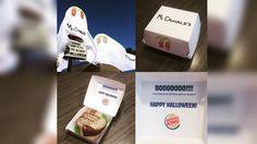 Burger King fantasia Whopper de sanduíche do McDonald's para o Halloween