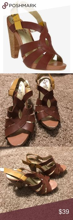 Seychelles leather strappy heels sandals sling Sling back brown and yellow strappy heeled sandals from Seychelles. Scuffs at the front (as pictured) but otherwise great condition. Size 7. Seychelles Shoes Sandals