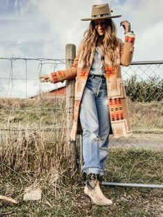 Country Style Outfits, Southern Outfits, Country Fashion, Boho Fashion, Fashion Outfits, Cowgirl Fashion, Vintage Fashion, Women's Western Fashion, Country Winter Outfits