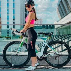 Don't be blue. the weekend's just begun! Get out there and RIDE! Bicycle Women, Road Bike Women, Bicycle Girl, Padded Cycling Shorts, Cycling Girls, Women's Cycling, Cycling Outfit, Cycling Clothes, Female