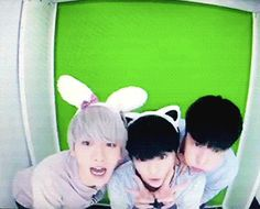 EXO's Second Box : Baekhyun, Xiumin, and Lay in a photo booth (4/4)