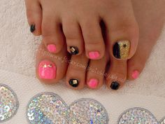 Toe Nail Designs | Toenail designs by Aya - a nail artist from Japan who work with both ...