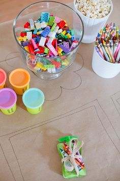 A Ridiculously Easy Kids Table to Keep Them Entertained! - A Ridiculously Easy Kids Table to Keep Them Entertained! Tips for a Ridiculously Easy Table to Keep Kids Entertained for any Party Kids Table Wedding, Wedding With Kids, Diy Wedding, Trendy Wedding, Kids Wedding Ideas, Wedding Games For Kids, Kids Party Tables, Table Party, Wedding Church