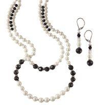 Enchanting Evening Necklace and Earring Gift Set.  http://llroberts.avonrepresentative.com